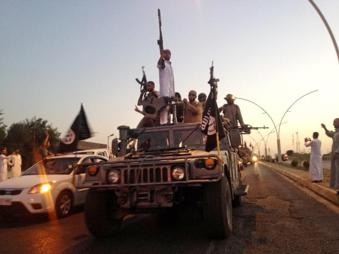 Avant de s'en prendre à Samira Salih Al-Nuaimi, l'Etat islamique a assassiné deux candidates à des élections locales dans la province de Ninive.