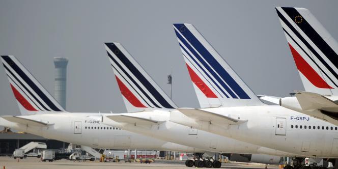 Des avions Air France à l'aéroport Roissy-Charles-de-Gaulle, le 24septembre 2015.