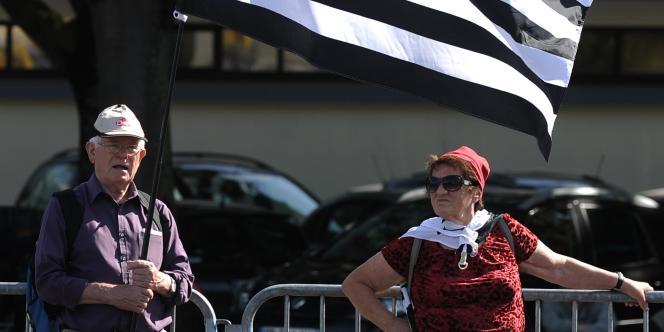 Manifestants brtons à Nantes, le 27 septembre.