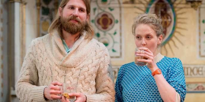 Les comédiens britanniques Sanderson Jones et Pippa Evans, initiateurs des