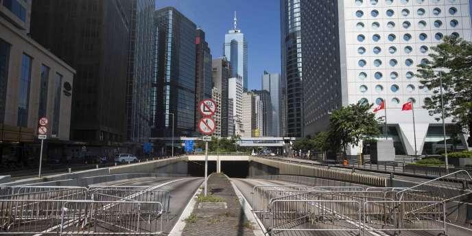 Le territoire autonome pesait pour plus de 18 % dans l'économie chinoise il y a dix-sept ans ; il n'arrive pas à la barre des 3 % aujourd'hui.