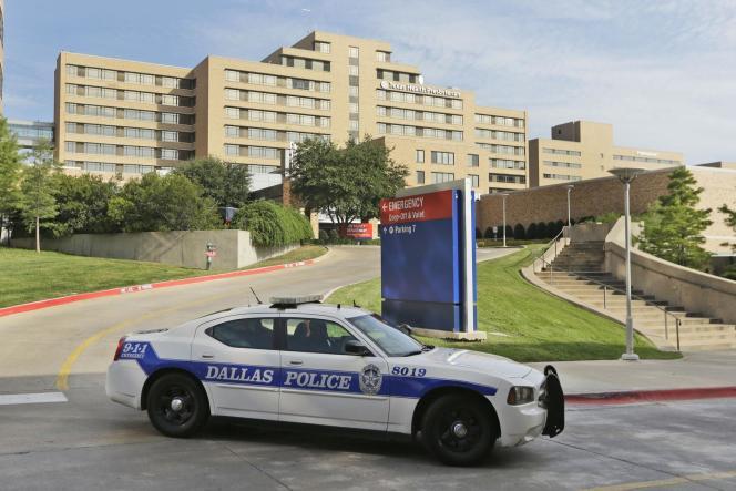 Le malade qui a contracté le virus Ebola est hospitalisé à Dallas, dans le Texas.
