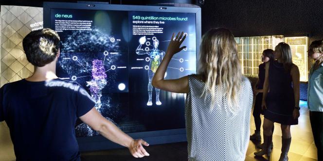 Le premier zoo à microbes a ouvert ses portes à Amsterdam, mardi 30 septembre.