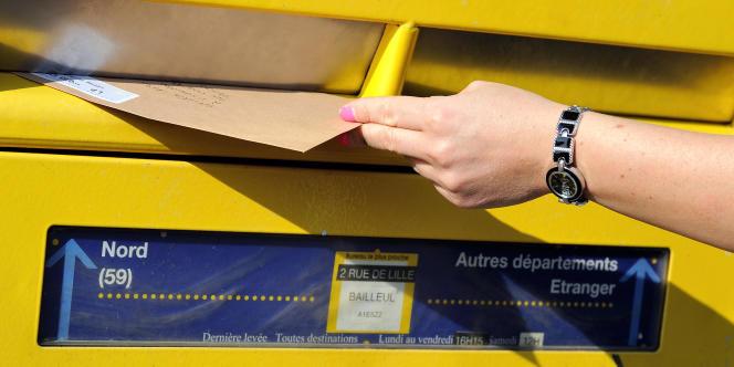 Les tarifs du courrier augmenteront en moyenne de 7% au1erjanvier2015.