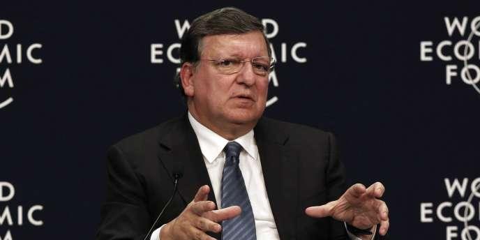M. Barroso réaffirme à M. Poutine la fin de non-recevoir déjà opposée par l'UE à la demande russe d'une révision de l'accord d'association avec l'Ukraine.