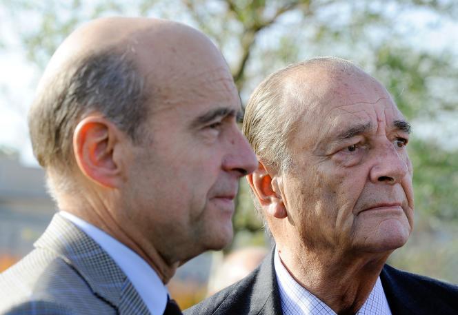 Jacques Chirac, en novembre 2009, en compagnie d'Alain Juppé, à Bordeaux.
