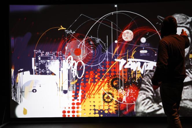 L'installation Picturae de Patrick Suchet permet de graffer en intérieur, grâce à une bombe de peinture laser.
