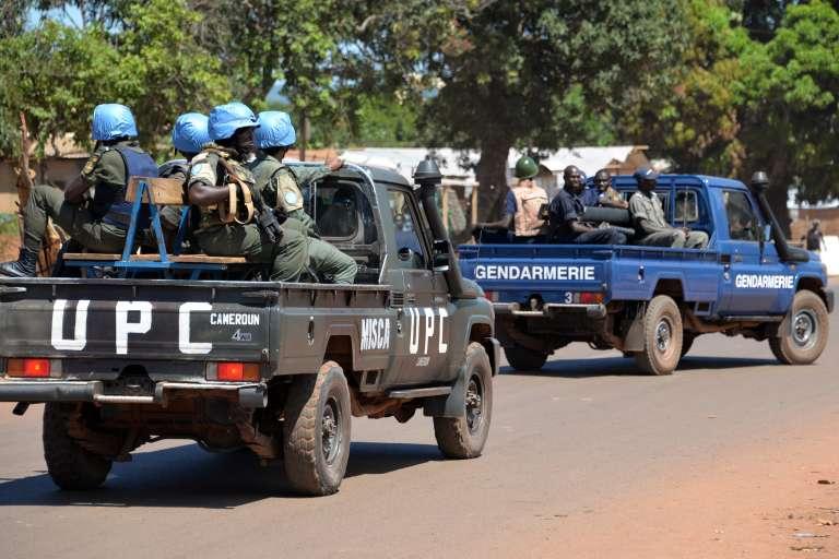 Trois casques bleus en mission en République centrafricaine sont accusés du viol de trois jeunes femmes.