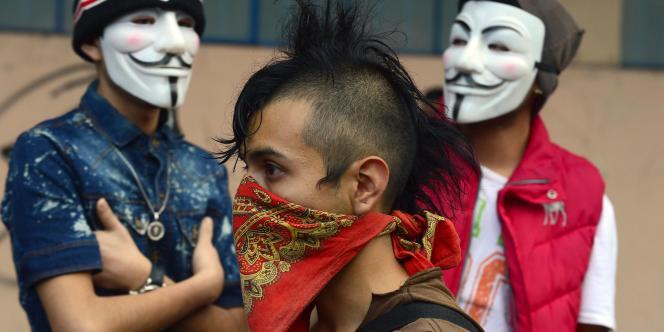Manifestation étudiante en mémoire du massacre de Tlatelolco à Mexico, le2octobre.