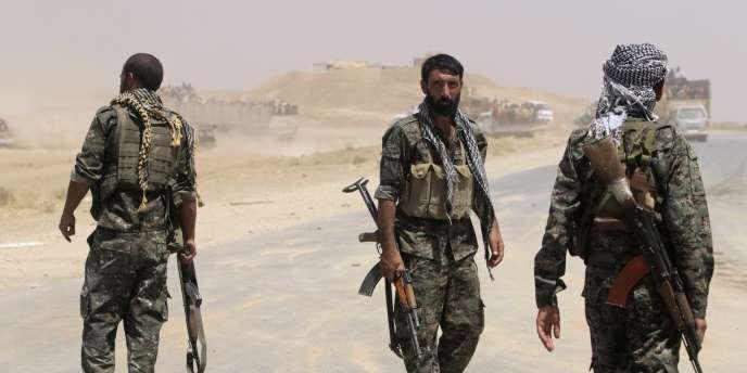 Des combattants kurdes du parti PYD, en Syrie.