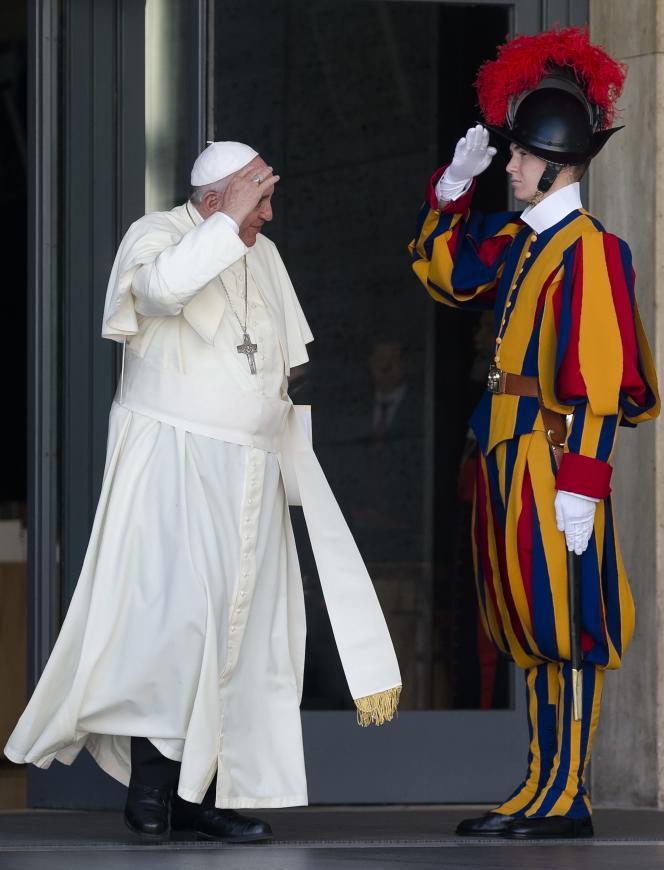 Le pape François au Vatican lundi 6 octobre.