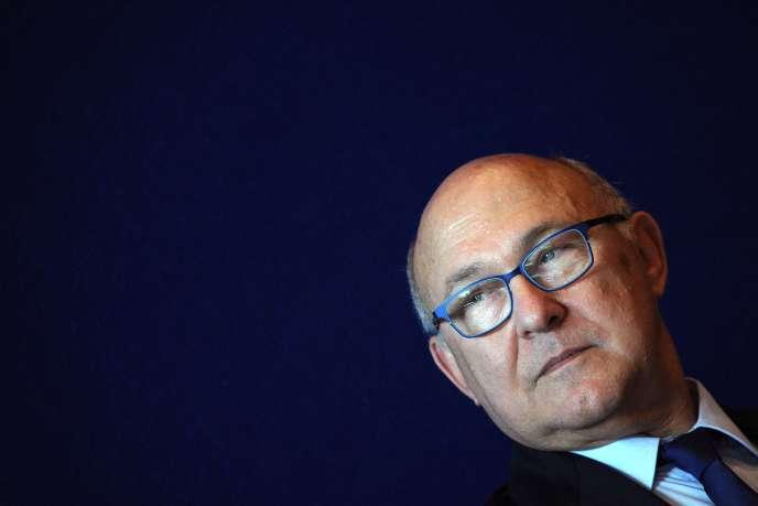 Le budget de l'Etat 2015 prévoit 21 milliards d'euros d'économies (Michel Sapin, ministre des finances).