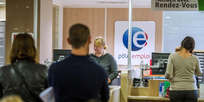 Dans une agence Pôle emploi à Armentières, le27août2014.