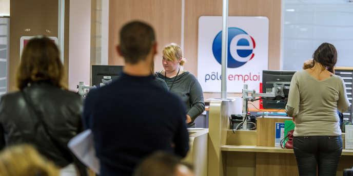 Une baisse du stock de contrats aidés en cours d'année aurait en effet pu avoir un impact négatif sur les chiffres du chômage.