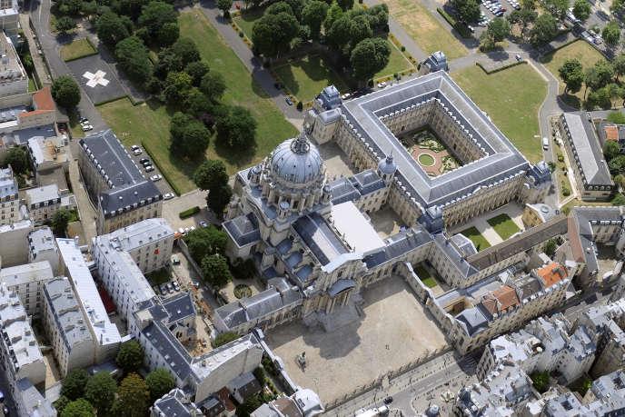 L'hôpital militaire du Val-de-Grâce fermera en 2017.