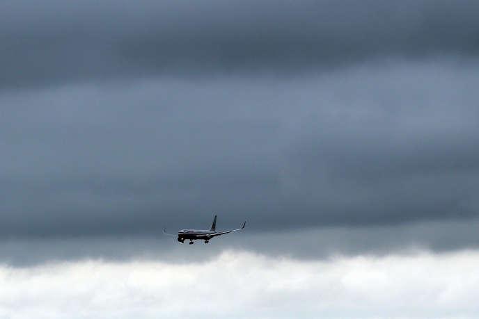 Les prix des services, par exemple des voyages de tourisme, sont en recul.  Spencer Platt/Getty Images/AFP