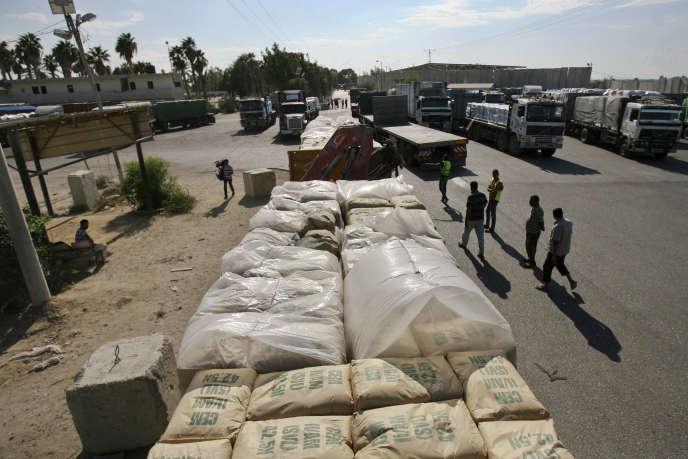 Au point de passage de Kerem Shalom,entre Israël et la ville de Rafah dans la bande de Gaza, en octobre 2014.