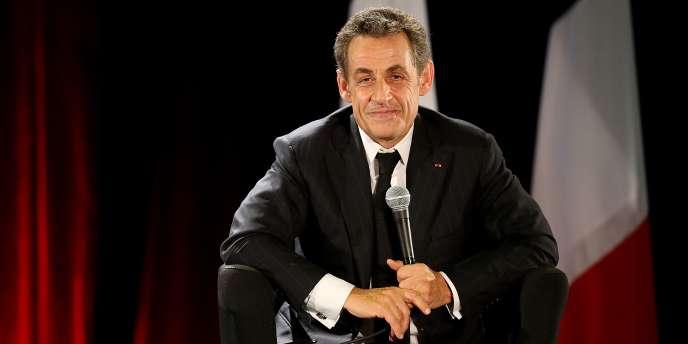 Nicolas Sarkozy à un meeting de campagne, le 2 octobre.