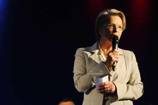 Personne ne l'attendait, mais Michèle Alliot-Marie pourrait être élue présidente du conseil national des Républicains au détriment du poulain de Nicolas Sarkozy.