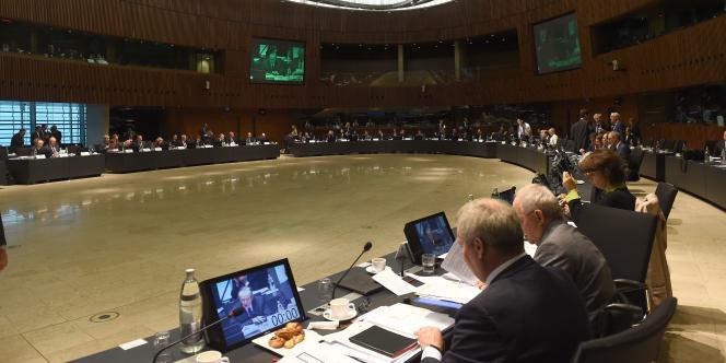 Depuis l'affaire Luxleaks, la Commission européenne a décidé de jouer le jeu de la lutte contre les injustices fiscales les plus flagrantes. Et ce d'autant plus que venait d'entrer en fonction, quelques jours seulement avant le scandale, son nouveau président, Jean-Claude Juncker, premier ministre du Luxembourg pendant 18 ans (entre 1995 et 2013).