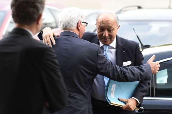 Laurent Fabius et Frank-Walter Steinmeier, le 15 octobre à Berlin.