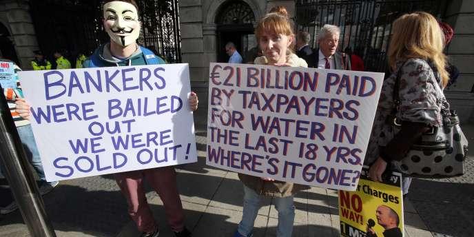 Selon le télédiffuseur public RTE, 120 000 personnes ont défilé dans une douzaines de villes. La manifestation la plus importante a rassemblé 20000personnes à Dublin.