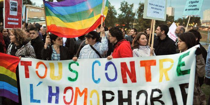 Pendant une manifestation à Bordeaux, le 23 octobre 2010.
