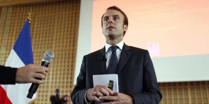 Invité de France Inter jeudi matin, le ministre de l'économie s'est risqué à une comparaison hasardeuse pour promouvoir l'extension des dérogations au repos dominical.