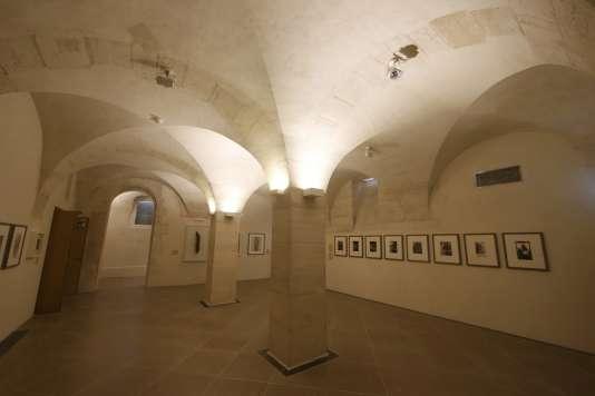 Les salles souterraines voûtées de l'hôtel Salé avec de nouvelles salles d'exposition des œuvres de Picasso.