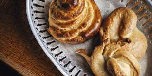 Le seminel est un petit pain à base de fleur de farine.