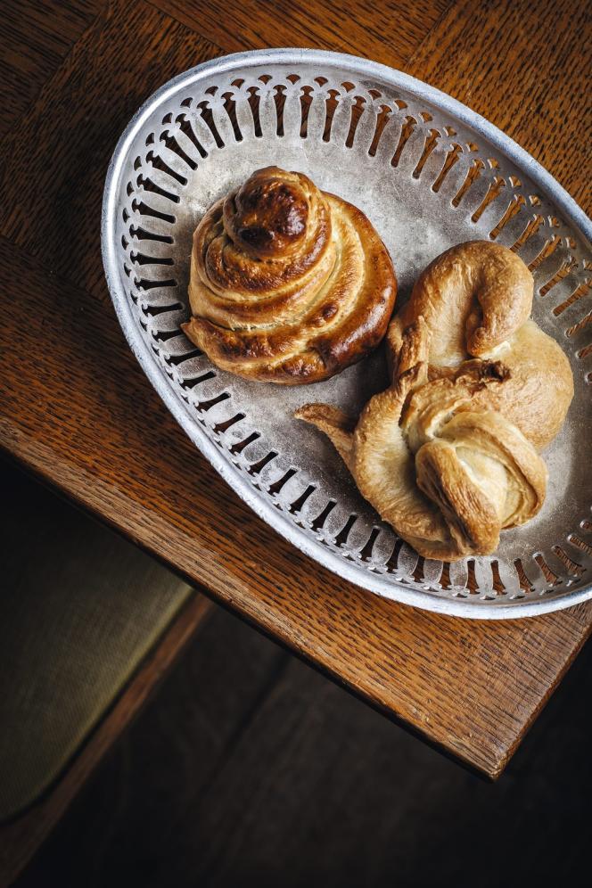 Le Seminel, du nom de Laurent Seminel, c'est aussi celui d'un petit pain à base de fleur de farine qui est échaudé, c'est-à-dire rapidement poché à l'eau, avant d'être cuit au four. C'est un peu l'ancêtre du bagel.