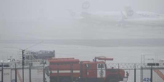 Le conducteur du chasse-neige a mis en avant les mauvaises conditions météorologiques.