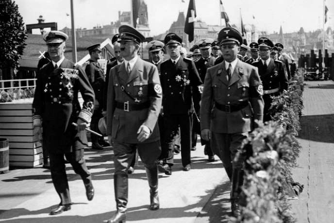 L'historienne Catherine Horel livre une alerte biographie de celui qui, à la tête de la Hongrie de 1920 à 1944, ne sut pas, finalement, protéger les juifs des nazis (photo: Horthy, à gauche, recevant Hitler à Budapest, en 1939).
