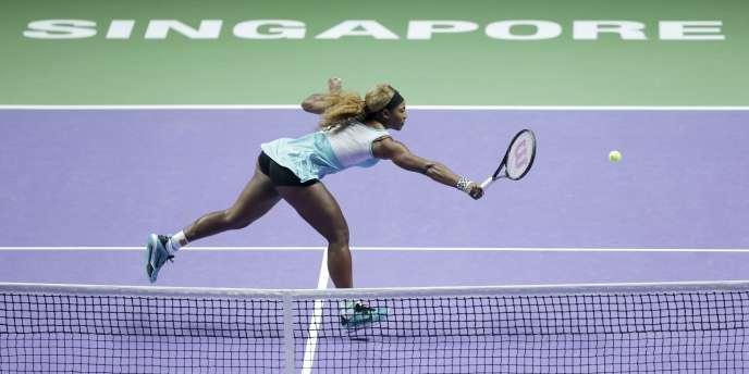 Serena Williams a été battue par Simona Halep.