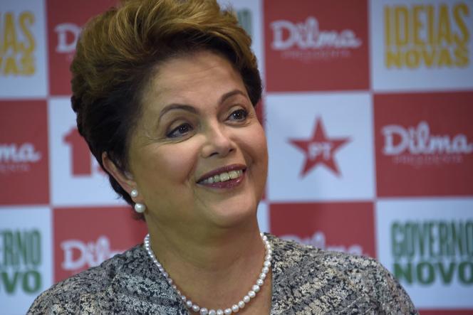 La présidente du Brésil, Dilma Rousseff, lors d'une conférence de presse à Rio, le 23 octobre.