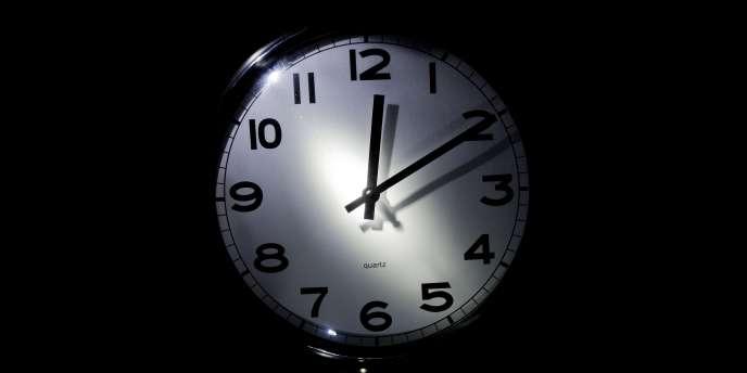 Travailler en horaires décalés accélérerait le vieillissement cognitif.