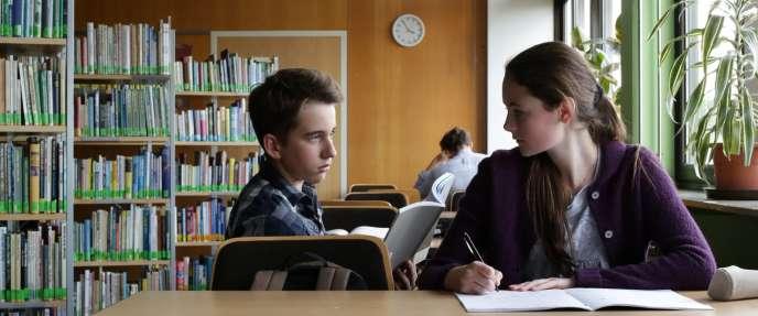 Moritz Knapp et Lea van Acken  dans le film allemand de Dietrich Brüggemann,