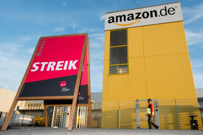 Amazon emploie environ 9 000 salariés en Allemagne, un chiffre qui grimperait à 15 000 en intégrant les travailleurs saisonniers. Ici, le site de Leipzig.