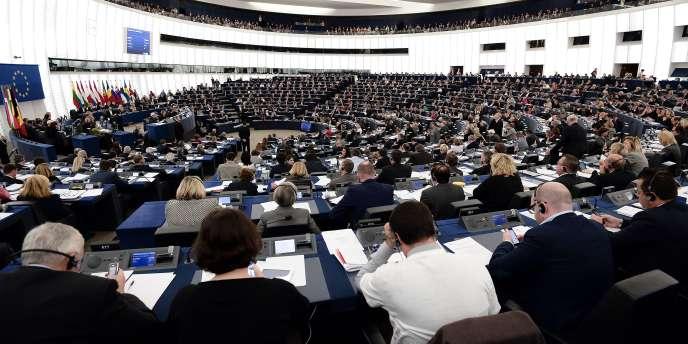 La Haute Autorité pour la transparence de la vie publique a publié les déclarations des activités des députés européens en plus de leur mandat.