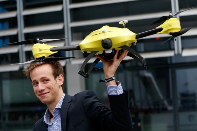 Ce drone médical peut délivrer rapidement un défibrillateur à des patients victimes d'une crise cardiaque.