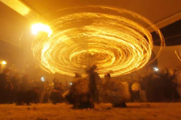 Célébrations de la fête de l'Achoura à Najaf, en Irak, mardi.