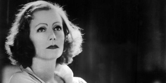 Photo non datée de l'actrice américaine d'origine suédoise Greta Garbo (1905-90).
