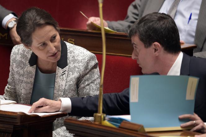Ségolène Royal, ministre de l'écologie, et Manuel Valls, premier ministre, le4novembre à l'Assemblée nationale.