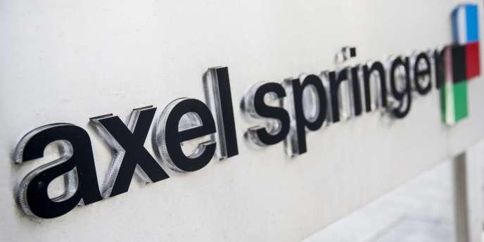 """«Dans son rapport annuel de 2016, le groupe Axel Springer a estimé que l'introduction d'un droit voisin était une """"opportunité politique et juridique"""" »."""