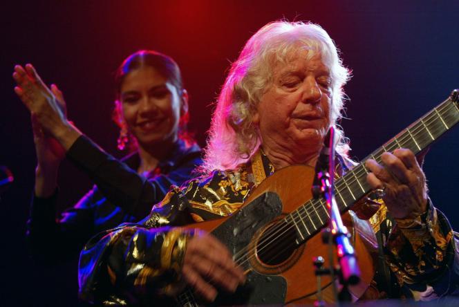 Manitas de Plata en concert au Bataclan à Paris, le 17 octobre 2003.