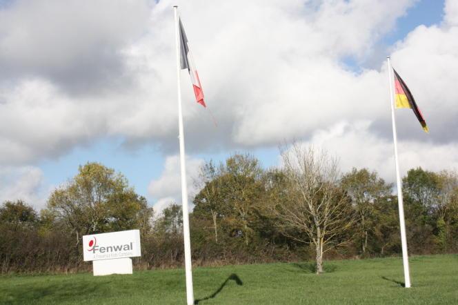 L'entrée de l'usine Fenwal, du groupe allemand Frenesius-Kabi, près La Châtre, dans l'Indre.