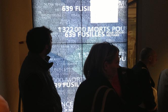 Au Musée de l'armée, un totem digital situé à la fin des salles consacrées à la première guerre mondiale rappelle au visiteur les ordres de grandeur : 639 soldats français  fusillés pour l'exemple contre 1 322 000 morts pour la France.