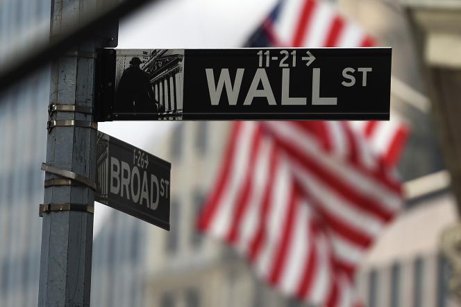 Le niveau des bonus versés aux professionnels de Wall Street en début d'année prochaine devrait être similaire au niveau de 2013.