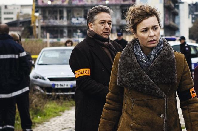 Nicolas Briançon (Herville) et Caroline Proust (Laure Berthaud) dans la série