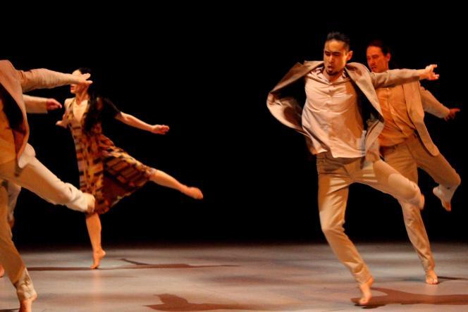 «Now», le spectacle de Carolyn Carlson au Théâtre de Chaillot, à Paris.